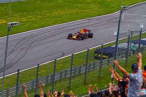 Max Verstappen in actie tijdens de Grand-Prix van Oostenrijk 2017 van