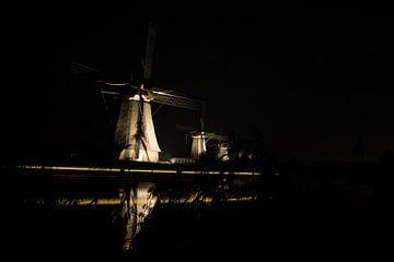5 Hollandse molens bij nacht van Karin van Waesberghe