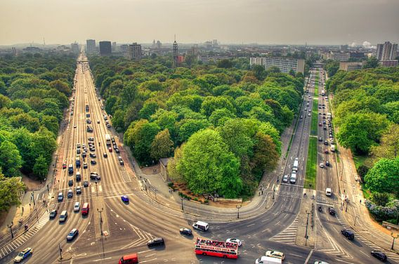 Uitzicht vanaf de Siegessäule in Berlijn van Sven Wildschut