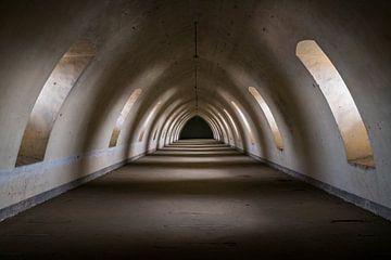 Dunkler Speicher Tunnel. von