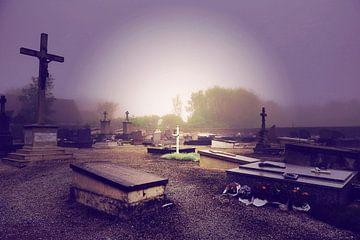 """Ghost town France """"graveyard"""" van Thijs GROENHUIS"""