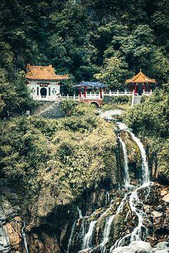 Tempel in het Taroko Gorge National Park in Taiwan van Expeditie Aardbol