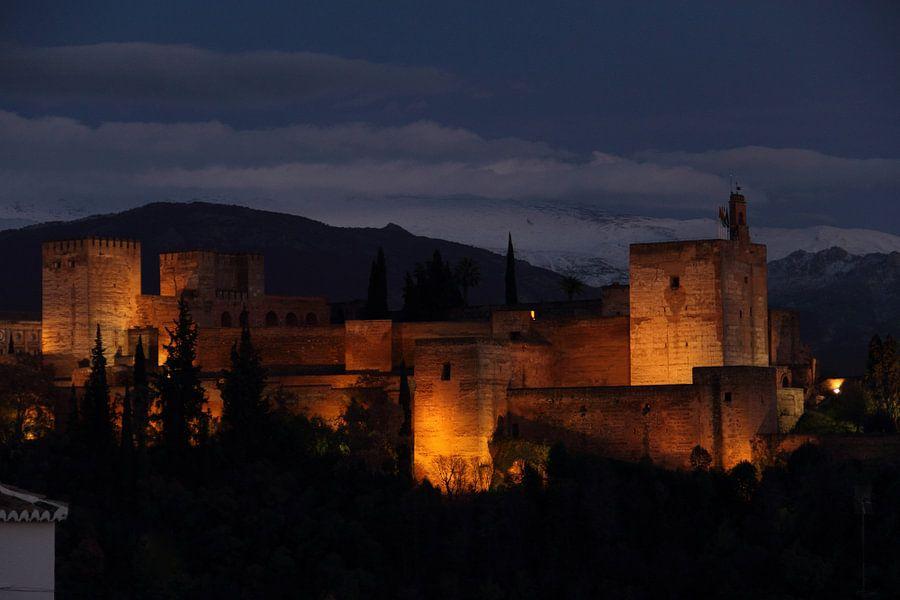 Alhambra bij nacht van Cornelis (Cees) Cornelissen