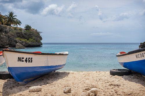 Boats with a view Curaçao van Bart De Brabander