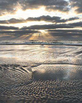 Gestrande Wolken van Renzo Steffens