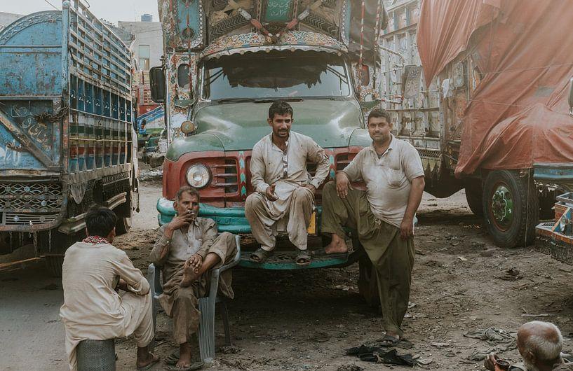 Pakistan | Lahore vrachtwagens van Jaap Kroon