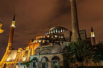 Hagia Sophia 's nachts van Oguz Özdemir