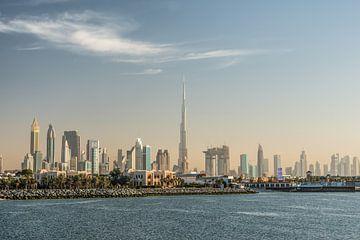 Dubai Skyline mit u.a. dem Burj Khalifa von Dieuwertje Hurkmans