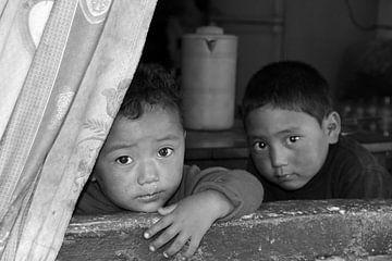 kinderen in nepal von laura van klooster