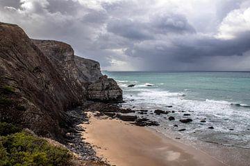 Praia da Arrifana, Portugal van Daan Duvillier