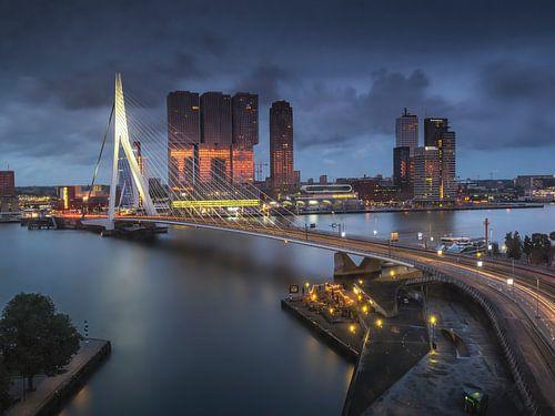 Het blauwe uur in Rotterdam