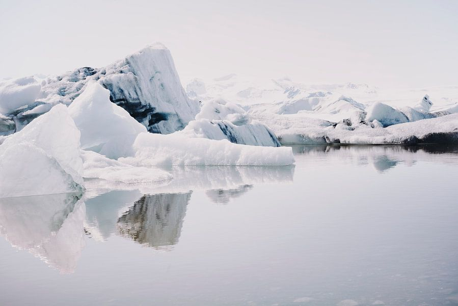 Icebergs IX van Pascal Deckarm