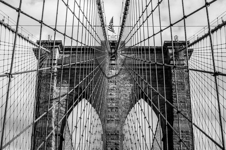 Brooklyn Bridge touwen van Thomas van Houten