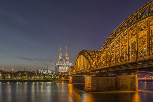 Köln - Dom und Hohenzollernbrücke (2) van Tux Photography