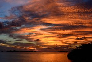 Sky on fire von Chris van Doorn