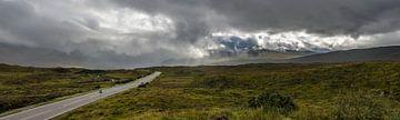 Weg und Wolken - Skye von Jeroen van Gent