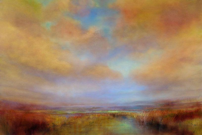 Couleurs de la lumière avec des nuages dorés sur Annette Schmucker