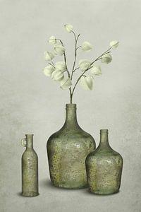 Graublau in Vasen