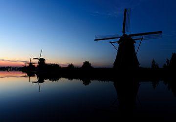 Traditional wind mills at Kinderdijk sur Esther Seijmonsbergen