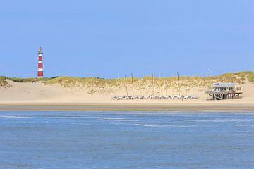 Leuchtturm von Ameland aus dem Meer von Anja Brouwer Fotografie