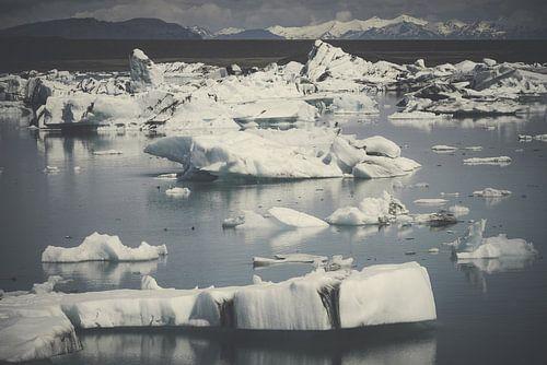 Icebergs II