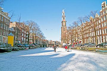 Winter in Amsterdam an der Prinsengracht mit der westerkerk von Nisangha Masselink