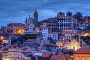 Altstadt  bei Abenddämmerung, Porto, Distrikt Porto, Portugal, Europa