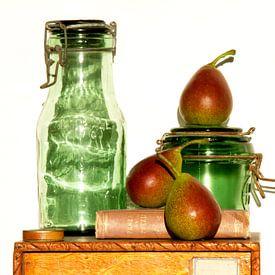 Autumn fruit van Carla Broekhuizen