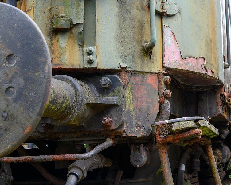 Alter Zug eingestellt auf einen verlassenen Standort von Michel Knikker
