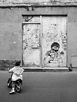 Graffiti Parijs in zwartwit van Atelier Liesjes