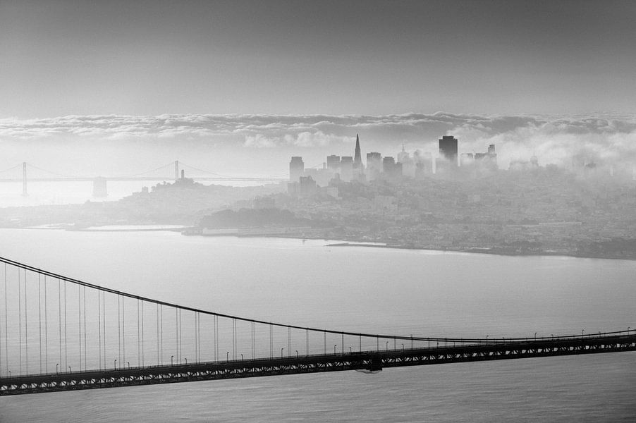 San Francisco behind the bridge