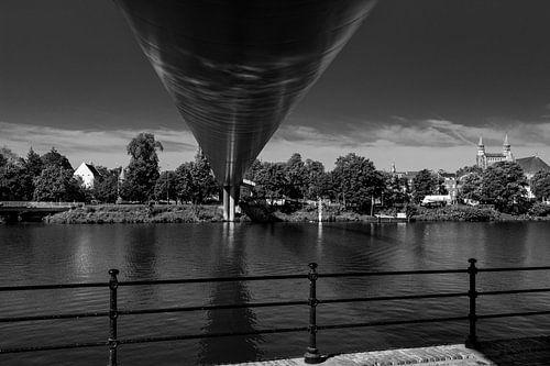 Maastricht, hoge brug van Leo Langen