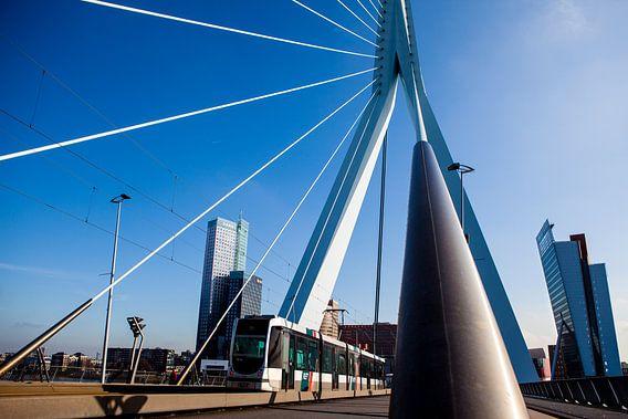 Rotterdam Erasmusbrug van Pieter Wolthoorn