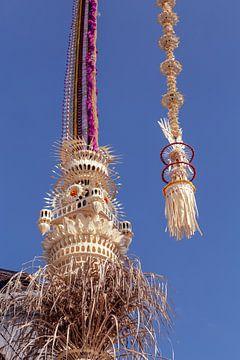 Penjor pole for Galungan (Hindu Balinese holiday) celebration, Bali Island, Indonesia. van Jeroen Langeveld, MrLangeveldPhoto