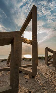 houten constructie met zonsondergang von Compuinfoto .