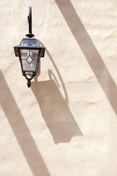 Lantaarn aan Muur van Stephan Van Reisen