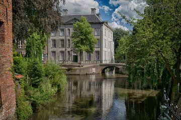 Huis Cohen Amersfoort (huis met de paarse ramen) van Manuel Speksnijder