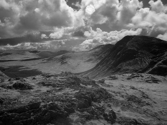 Uitzicht vanaf de 'Devil's Staircase' in Schotland over de bergen