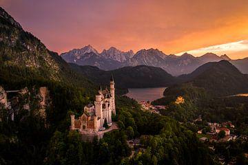 Sonnenuntergang auf Schloss Neuschwanstein von
