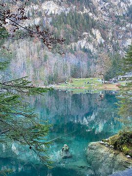 Blauw meer van Sara Bärtschi