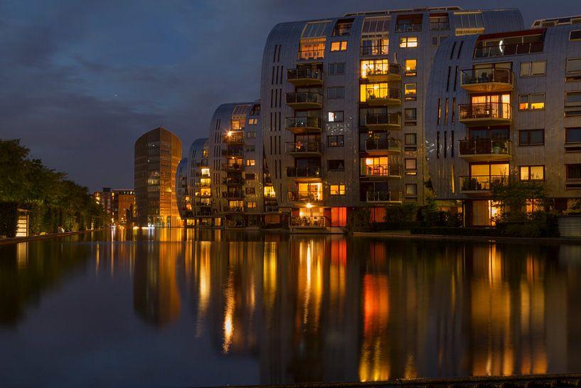 Armada by night van Rob van Eerd