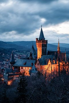 Schloss Wernigerode bei Dämmerung sur Oliver Henze