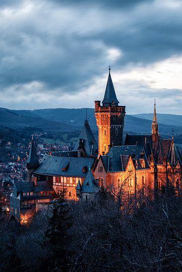Schloss Wernigerode bei Dämmerung van Oliver Henze