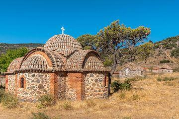 Kapel bij Moni Limonos - Lesbos van Rinus Lasschuyt Fotografie
