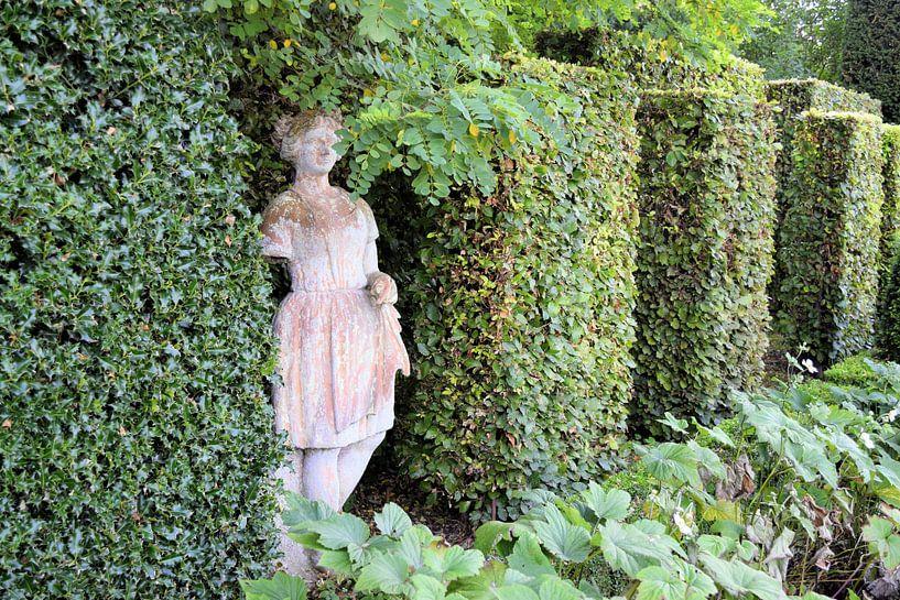 Statue dans le jardin de la Villa Augustus sur Nicolette Vermeulen