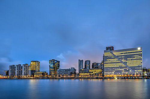 Rotterdam: de Boompjes en de Nieuwe Maas van
