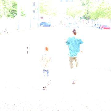 Mann mit Kind von Heike Hultsch