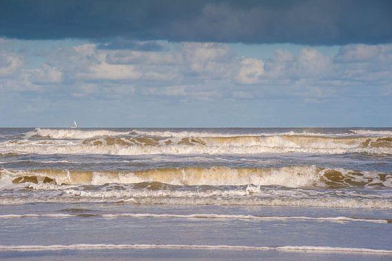 Golven Noordzee Schiermonnikoog van Margreet Frowijn