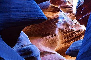 Antelope Canyon 1553 van