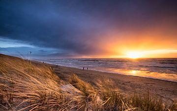 Stormy Sunset sur Martijn Kort